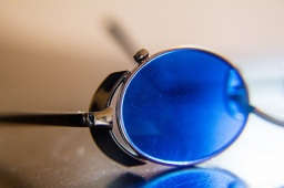 Blue Lenses Sunglasses- Beneficial for Epileptic?